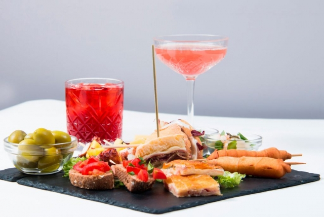 aperitivo e cocktail bar